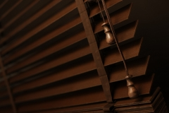 Wooden venetian blinds14