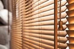 Wooden venetian blinds2