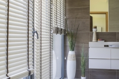Wooden venetian blinds7